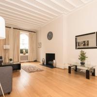 Belgravia SW1 luxurious 3 bed flat with garden