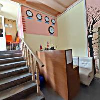 Republic Square Hostel and Tours