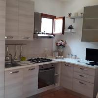 Casa Raffaella 8, hotel in zona Aeroporto di Olbia-Costa Smeralda - OLB, Olbia