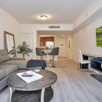 Luxurious 1 Bedroom Close to the Beach!