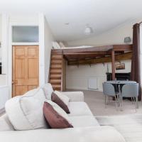 Unique Studio Apartment With Roof Terrace
