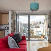 Victoria/Pimlico Home by GuestReady