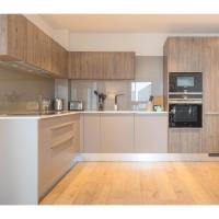 Elegant 2-Bedroom flat vith views in Battersea