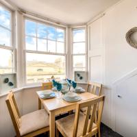 Sandgate Apartment, Ayr