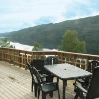 Two-Bedroom Holiday home in Lyngdal 2