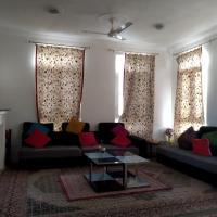 Serene House, hotel in Srinagar