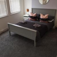 34A Replingham Road Apartment