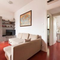 Intimate attic flat, near POLITECNICO