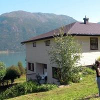 One-Bedroom Holiday home in Høyheimsvik