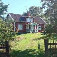 Two-Bedroom Holiday home in Mörlunda