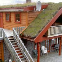 Four-Bedroom Holiday home in Hovden 4