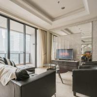 District 8: Luxurious and Spacious Apartment at SCBD / Senopati