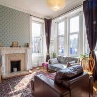 Bright, cosy, 2BR West End Flat