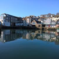 Zawn Haven & Zawn Nook, Falmouth waterfront Cornwall
