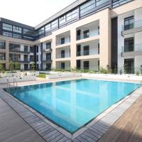 Embassy Garden Apartments w Pool+Gym+Parking
