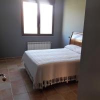 Hostel Val De Samos
