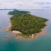 Blue Zebra Island Lodge