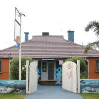 Dolphin Retreat Bunbury YHA