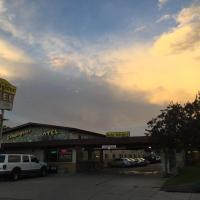 Lamplighter Motel