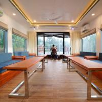 Queen of Chaliyar - Luxury Houseboat Stay