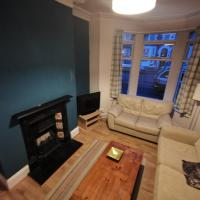 Comfortable 4 bed home, close to the city centre.
