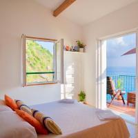 La Marinarooms suite with sea view terrace
