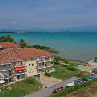 Costa D´Oro Lake Apartment
