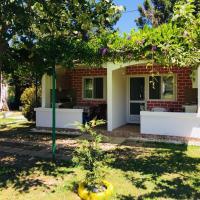 Flamingo Cottage
