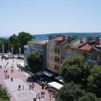 Sunny apartment in the centre of Varna