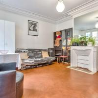 Beautiful flat for 6 people in the 16th district