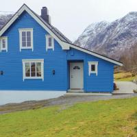 Three-Bedroom Holiday Home in Sykkylven
