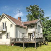 Four-Bedroom Holiday Home in Odeshog