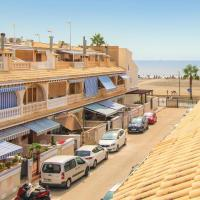 Three-Bedroom Holiday Home in Santa Pola