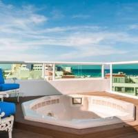 Private Roof Top Jacuzzi - Beach Front Pent House