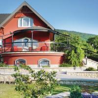 Holiday home Becehegy I-Balatongyörök