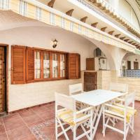 Four-Bedroom Holiday Home in Santa Pola
