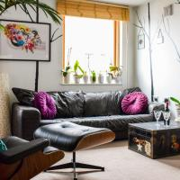 Cosy 1 Bedroom Camden Flat With Balcony On Regents Canal