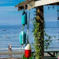 Sea Dweller An Ocean Front Qualicum Beach 3BR Home on Judges Row