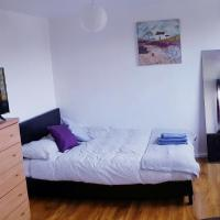 4 Bed City Centre - Free Wifi+Parking