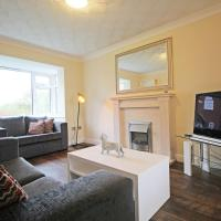 Spacious & Modern - Superb Location for Cheshire
