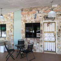 IBU HOME-TO-STAY PASIR GUDANG, hotel in Pasir Gudang