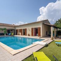 Beautiful Villa with Private Pool near Lake in Olonzac