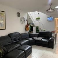Comfortable Family House in Footcray