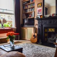 Musical 2 Bedroom Flat by Abbey Road Studios