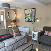 Wychstone 2-bedroom luxury apartment, Breedon