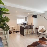 Luxury penthouse with terrace & sauna in Old Town