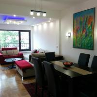 De La Falaise Apartment