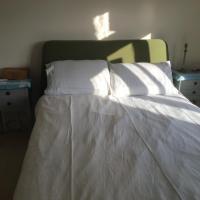 Cozy room in Wimbledon
