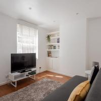 2BR Apt with Garden in London by GuestReady