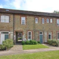 33 Budgenor Lodge, Midhurst